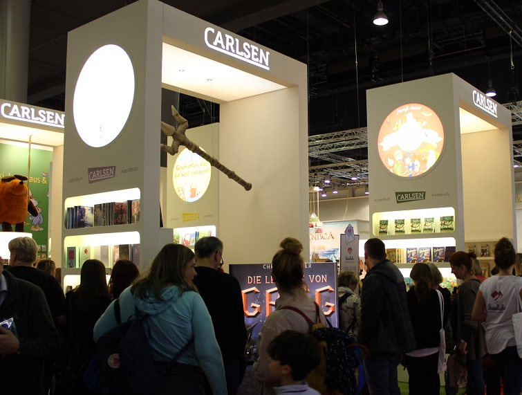 Trubel am Carlsen-Stand